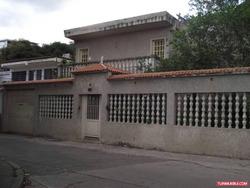 Casas En Venta 13-245 Rent A House La Boyera