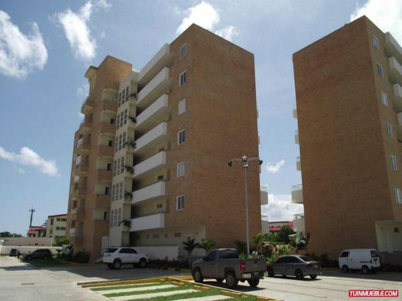 Apartamentos En Venta 18-10194 Rent A House La Boyera
