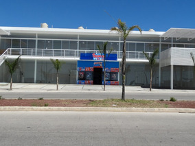 Locales Nuevos En Renta En Plaza Vallarta, En Av. Principal.