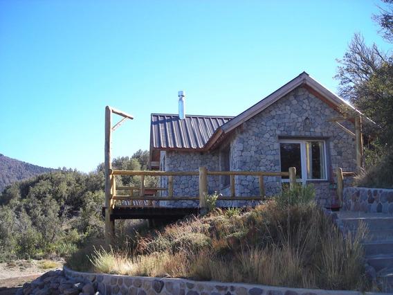 Cabaña En Villa Pehuenia Nido De Piedra