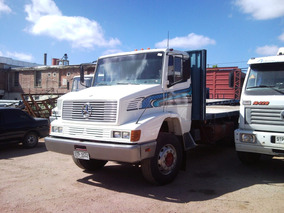 Mercedes Benz 1621 Doble Eje