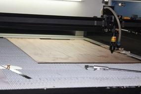 Corte Laser Servicio Grabado Acrilico Madera Carton Mdf Tela
