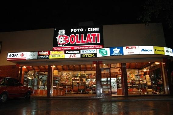 Local Comercial Esquina Luminosa