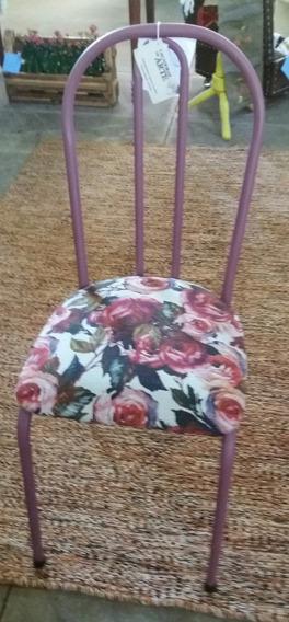 Cadeira Sem Braços Na Cor Lilas E Acento Florido
