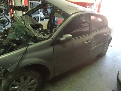 Sucata Renault Megane Espression 1.6 Mec. (somente Em Peças)