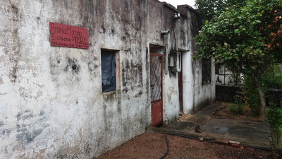 Casa Antigua Con Importante Terreno