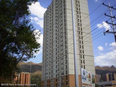 Se Vende Amplio Y Funcional Apartamento En Mañongo