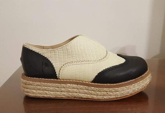 Zapato Abotinado De Cuero Combinado Y Yute