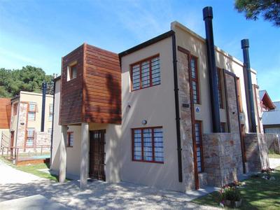 Duplex Con Pileta En El Complejo Las Gaviotas Villa Gesell
