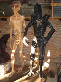 Alien En Fibra De Vidrio