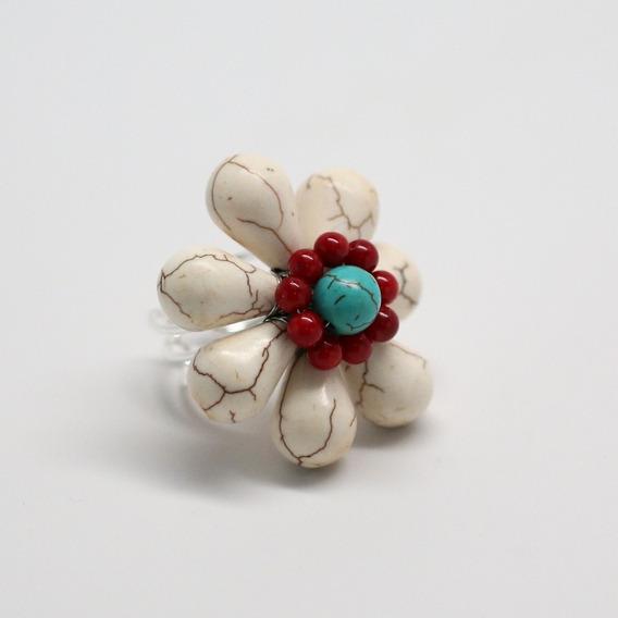 Anel Feminino Com Pedra Howlita Branca - Flor
