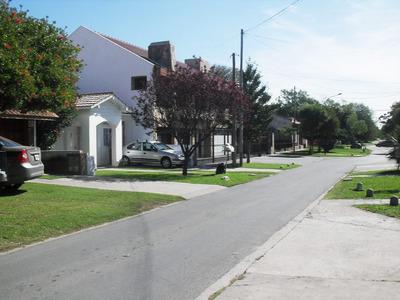Mar Del Plata, Alquilo Chalet, Cochera Parque, Barrio Const.