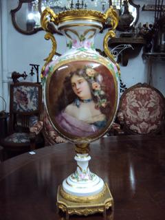 Anfora Lámpara Sevres De Porcelana Y Bronce Antigua (983)