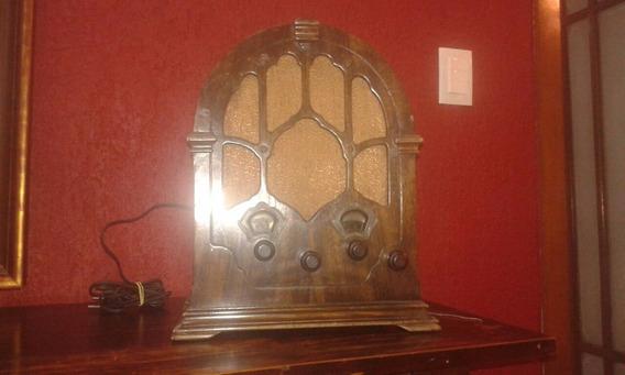 Rádio Capelinha, Decada De 40, Funcionando, 220w 1650,00