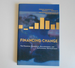 Libro En Ingles Financial Change - Zorraquin Ing2022