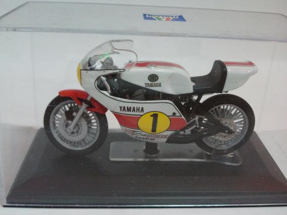 Moto De Competicion A Escala Yamaha Yzr Ow23 500 Cc