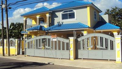 Br 809 Vende Casa Nueva 323 Mts2 En Las Damas Oportunidad