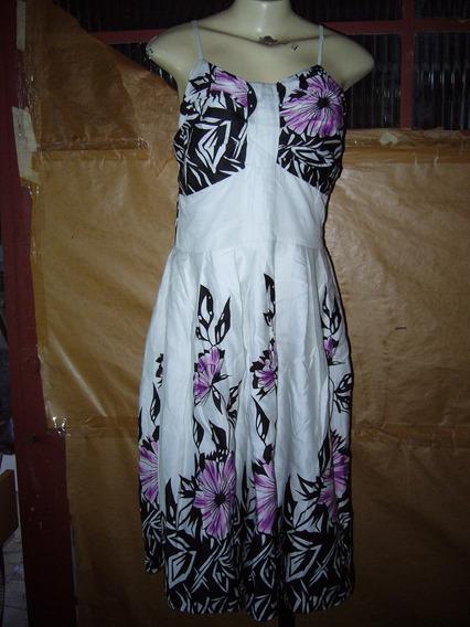Vestido Em Algodão Branco/ Flor Preta/rosa Rery