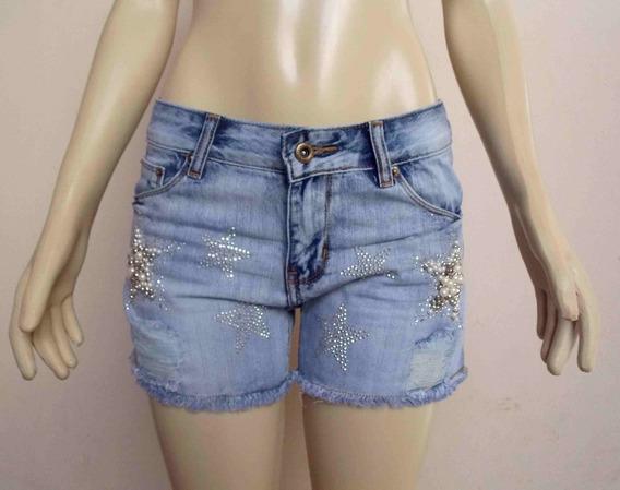 Short Jeans Com Aplicação Em Pedraria E Strass