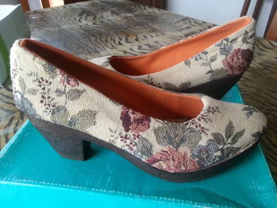 Zapatos De Gobelino Talle 39 Taquito Medio Madera