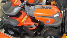 Tractor Corta Cesped Husqvarna 18hp 107cm Kohler Hidrostatic
