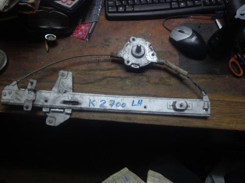 Vendo Regulador  Ventana Del. Izquierdo De Kia 2700, Maual