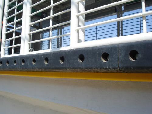 Imagen 1 de 8 de Tope Anden Metrobús  Neopreno Uso Rudo