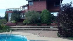 Parcela Con Casa Y Piscina En Algarrobo, Equipada Para 12 P