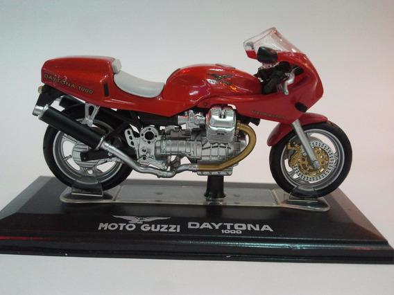 Moto De Competicion A Escala Guzzi Daytona 1000