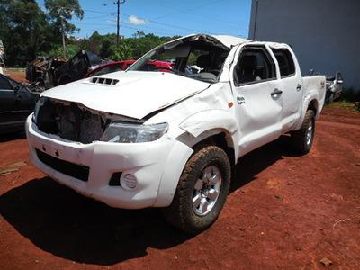 Sucata Toyota Hilux 3.0 4x4 2014 Para Venda De Peças Usadas