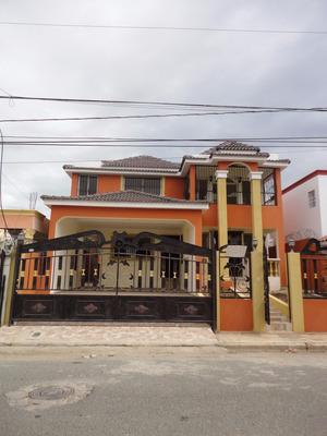 Casa De Venta Nueva En Los Jardines Del Norte Santiago