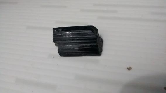Turmalina Negra/ Afrisita (bruta)