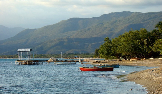 Permuto Solar En Bahia De Ocoa En Segunda Linea De Playa