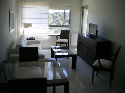 Apartamento En Punta Del Este Torre 12 Lunas Marzo