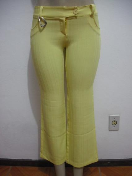 Calça Feminina Amarela, Veste Entre 36-e 38 Ótimo Estado