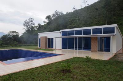 Para Estrenar!! Casa Quinta. A 5km De La Vega Vía La Laguna