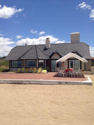 Casa En Pinamar Sobre La Playa! En Temporada Quincena O Mes