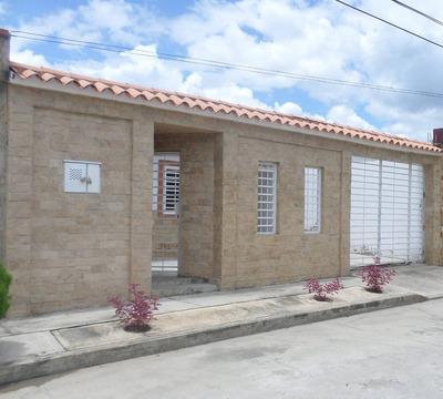 Casa En Venta Cagua Aragua, La Ciudadela 16-14332 Dmlg