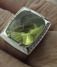 Maravilhoso Anel Ouro Branco Pedra Green Gold - 16,25 Grams