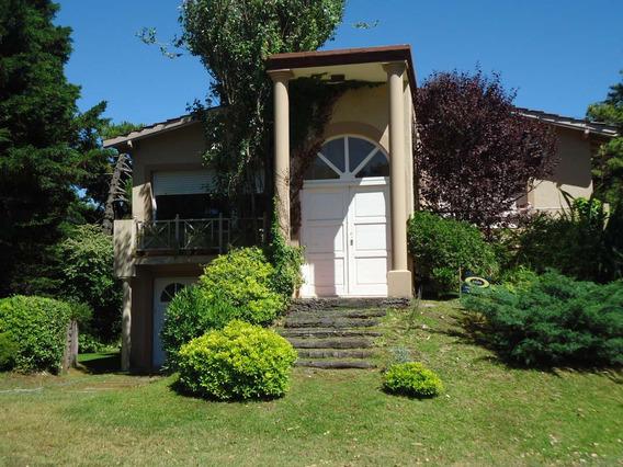 Casa Pinamar Excelente Estado,2 Flias.80mts Del Mar /