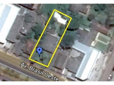 Terreno Com Casa Na Av. Brasil Oeste, Zoi2. +700m2