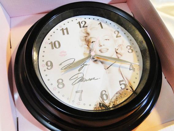 Marilyn Monroe Relogio De Parde Original 2007 - Imperdível !