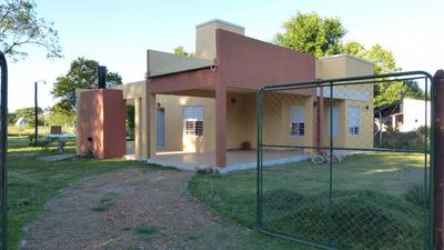 Casa Con Pileta Y Amplio Parque
