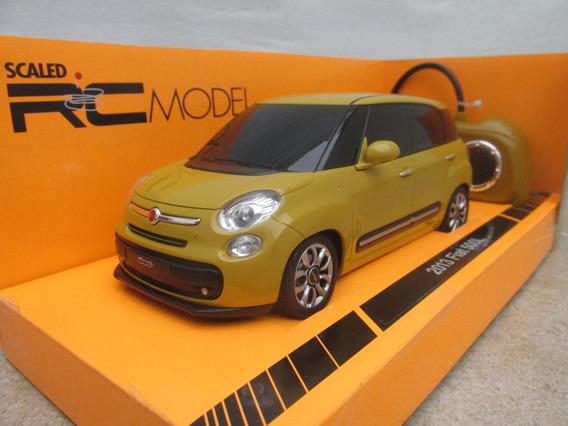 Fiat 500 L Radiocontrol Escala 1:24 Welly Con Luces Amarillo