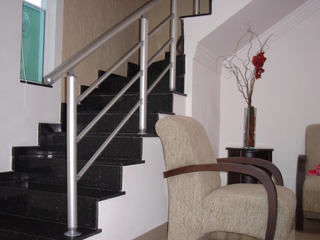 Corrimao Para Escada , Aluminio Kit 1 Metro Linear . Branco