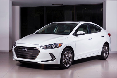 Hyundai Elantra Limited Tech Navi