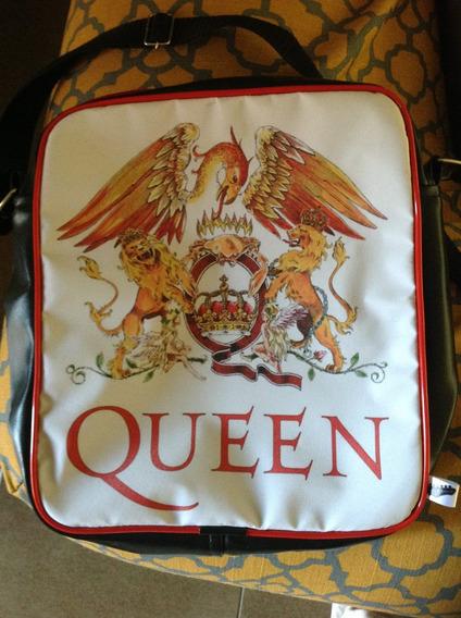 Queen - Bolsa Universitária Exclusiva