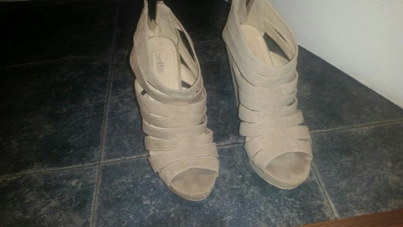 Zapatos Color Hueso De Taco!!