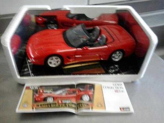 Chevrolet Corvette 1:18 - Burago