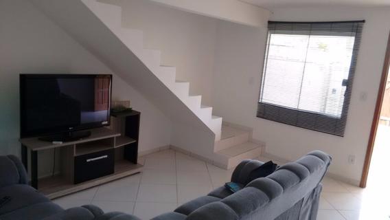 Ótima Casa Em Araruama Com 2 Quartos E 3 Banheiros!!